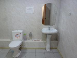 Ванная комната в Hotel Pobeda