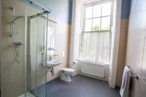 A bathroom at Trinity College - Campus Accommodation