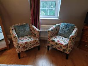 A seating area at Beechwood House Bed & Breakfast