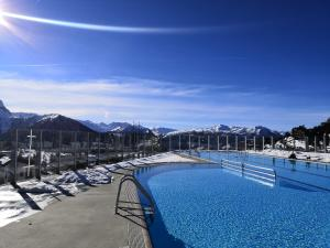 The swimming pool at or near Hotel Shackleton Mountain Resort