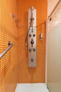 Ein Badezimmer in der Unterkunft Ur-Alde