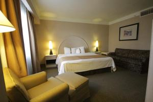 Cama o camas de una habitación en Holiday Inn Leon-Convention Center