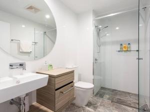A bathroom at Premium Ocean View Apartment by Serain Residences