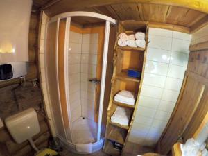 """Kupaonica u objektu Kuća za odmor """"Mita"""""""