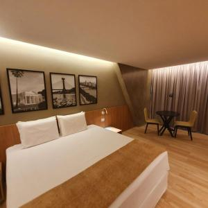 A bed or beds in a room at Blue Tree Towers Rio Poty