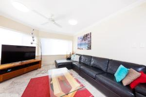 A seating area at Whitesands Penthouse 1