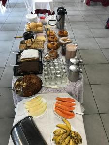 Breakfast options available to guests at Hotel Campina