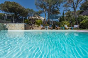 The swimming pool at or close to Villa Perle De La Mer