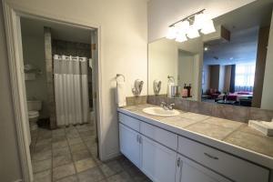 A kitchen or kitchenette at Century Casino & Hotel Cripple Creek