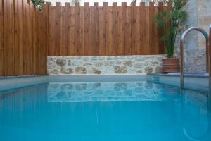 The swimming pool at or near Casa Vitae Villas