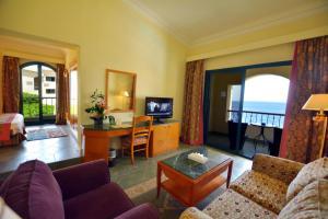 Een zitgedeelte bij Island View Resort
