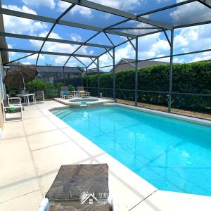 The swimming pool at or close to Affordable Luxury Home Near Walt Disney World - Sunshine Villa at Glenbrook Resort, Orlando, Florida