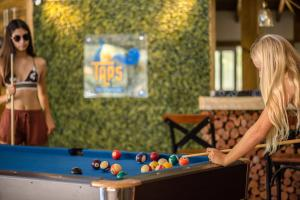 A pool table at Paradise Beach Hotel