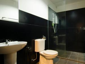 A bathroom at Casa Fina Fine Homes