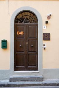 The facade or entrance of la Lu cozy rooms