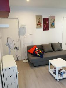 A seating area at Apartamentos Playa Benitez
