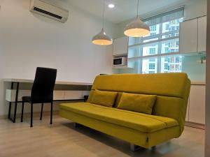 A seating area at Strait Garden Studio X Ace Pro @ George Town