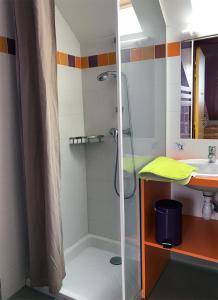 A bathroom at La Brise de Mer