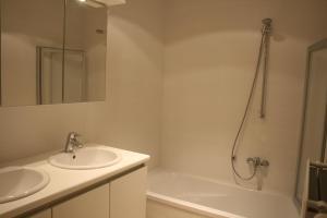 Ein Badezimmer in der Unterkunft Xanadu
