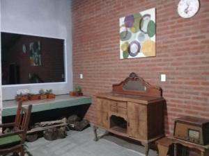 Una televisión o centro de entretenimiento en La María