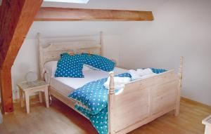 A bed or beds in a room at Holiday Home Domaine Tournesol