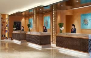 The lobby or reception area at Marriott Guangzhou Tianhe