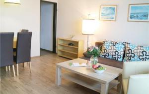 Ein Sitzbereich in der Unterkunft One-Bedroom Apartment in Freyung