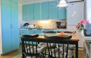 Ett kök eller pentry på Holiday home Södra Möckleby Degerhamn