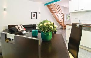 Ein Sitzbereich in der Unterkunft Holiday Home Pinnow 06