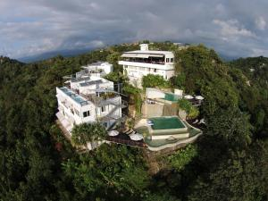 A bird's-eye view of Gaia Hotel & Reserve- Adults Only