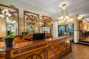 The lobby or reception area at Boutique Hotel Belle Epoque