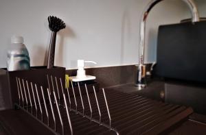 A bathroom at Central Bath Apartment
