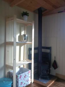 A bunk bed or bunk beds in a room at Tunnel Cottages at Blaen-nant-y-Groes Farm