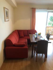 Ein Sitzbereich in der Unterkunft Andritsch Elfi Ferienwohnung