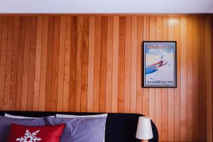 A television and/or entertainment center at Thredbo Alpine Hotel
