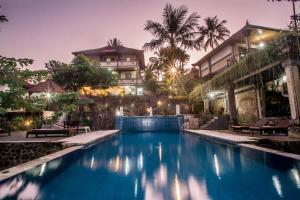Piscine de l'établissement Puri Saron Hotel Madangan - Gianyar ou située à proximité