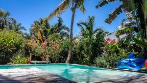 The swimming pool at or near Villa Strelitzia Cabarete