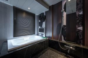 A bathroom at Hotel Zen Ichinomiya (Adult Only)