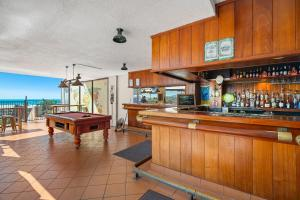 The lounge or bar area at Ocean View Studio 9A
