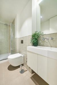 A bathroom at Lisbon Best Choice Prime Apartments Alfama