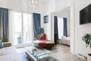 Posezení v ubytování Across Acropolis Museum chic design apartment!