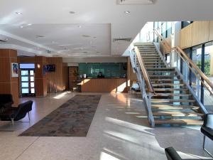 The lobby or reception area at Nesuto Parramatta
