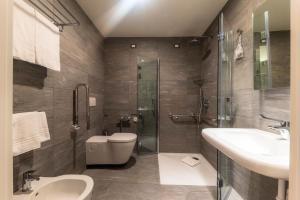 חדר רחצה ב-Airport Hotel Bergamo