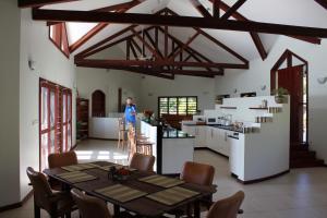 A kitchen or kitchenette at Bularangi Villa, Fiji