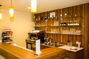 A kitchen or kitchenette at Hotel Geblergasse