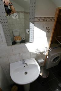 A bathroom at Viesu nams Smaidas