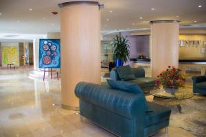 The lobby or reception area at Country International Hotel