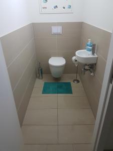 Koupelna v ubytování Vienna Home48
