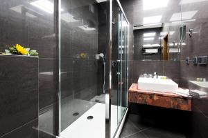 Ванная комната в Hotel Selsky Dvur - Bohemian Village Courtyard