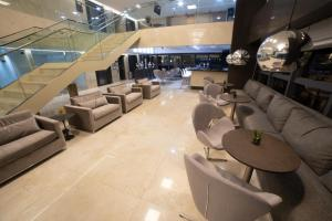 O lounge ou bar de Intercity Campina Grande Citymix